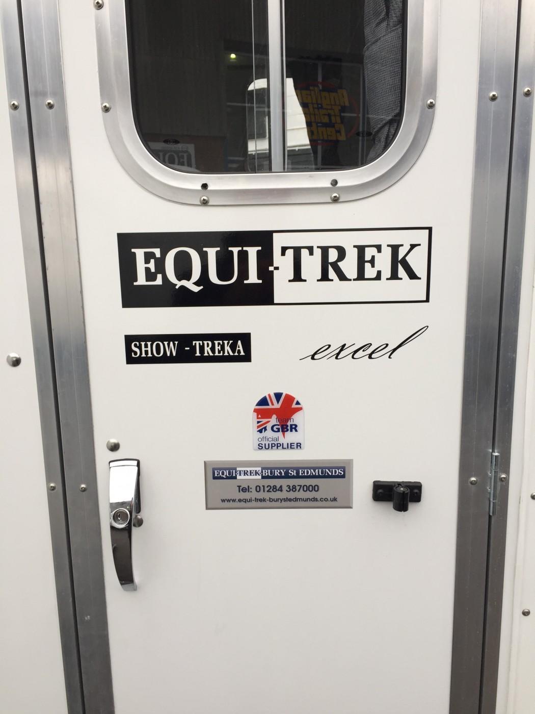 Equi-Trek Show Treka L Excel